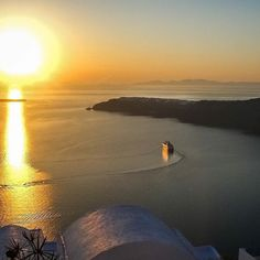 Santorini Greece selected by www.oiamansion.com