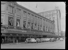 Christmas decorations on Kirkcaldies Department Store, Lambton Quay, Wellington Old Pictures, Old Photos, Wellington New Zealand, The Hutt, New Zealand Landscape, End Of An Era, Department Store, Homeland
