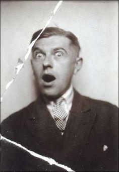 René Magritte, La Coquetterie, 1928. Autoportrait au photomaton