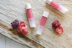 DIY: berry lip balm