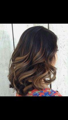 YAAASSSSS beautiful fall hair color!