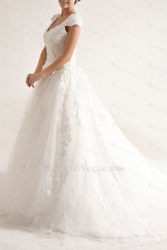 Net og satin stropper kapell tog a-linje brudekjole med paljetter - Focus Vogue