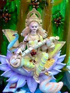 Maa Saraswati Ashtottara Shatanamavali Stotram in English Saraswati Idol, Saraswati Statue, Saraswati Mata, Saraswati Goddess, Durga Ji, Shiva Shakti, Bal Krishna, Krishna Art, Good Morning Beautiful Pictures