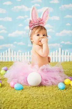 easter shoot, easter photography, easter photoshoot, holiday photography 10 of the Most Adorable Easter Baby Photos Ever - BabyCare Mag Holiday Photography, Toddler Photography, Newborn Photography, Themed Photography, Photography Ideas, Newborn Pictures, Baby Pictures, Easter Pictures For Babies, Book Bebe