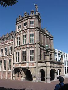 Duivelshuis ( Maarten van Rossumhuis) Hier zijn wij getrouwd.