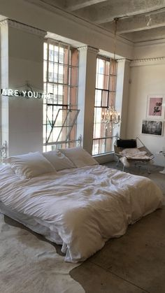 Home Interior Loft .Home Interior Loft Mid Century Bedroom, Dream Apartment, Apartment Goals, York Apartment, Parisian Apartment, Paris Apartments, Apartment Design, Aesthetic Rooms, Home And Deco