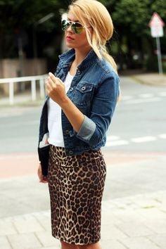 leopard skirt - white tee- jean jacket