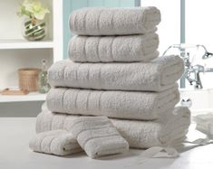 LUXURY 7 PIECE COTTON TOWEL BALE - CREAM  Luxurious 500gsm Egyptian cotton towel bale comprises: two 30 x 30cm face cloths two 50 x 80cm hand towels, two 65 x 120cm bath towels and one 90 x 140cm bath sheet.