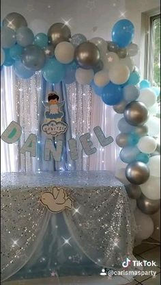 Baptism Party Decorations, Birthday Balloon Decorations, Baby Shower Decorations For Boys, Boy Baby Shower Themes, Baby Boy Christening Decorations, Simple Baby Shower, Baby Shower Fall, Baby Boy Shower, Christening Balloons