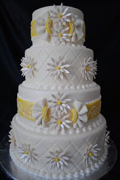 Dana Marie's Specialty Cakes in Houston - daisies Wedding Cakes With Flowers, Beautiful Wedding Cakes, Gorgeous Cakes, Pretty Cakes, Cute Cakes, Amazing Cakes, Daisy Cakes, Summer Cakes, Cake Pictures