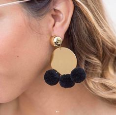 Have some fun this weekend! #pompom #earrings by #elizandjames #elizabethandjames #accessories #cute #fun #minimalist #accessorize #loveyourstyle #springvibes #summerlife #bohobabe #boho #styleinspo #stylediaries #stylediary #fashiondiaries #styleblog #inspo #fashiongram #stylegram #fashionblog #blogger