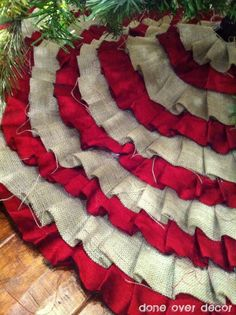 DIY Ruffle Tree Skirt - No sewing! love the burlap and red!
