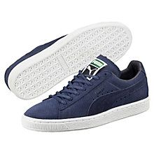 """Back in 1968, the city scene was packed with hot chicks in hot pants and tall boys in basketball shorts. That was when PUMA first lit a fire under culture's keister with the Suede silhouette. The industry rebel that said """"nay"""" to ordinary leather, the Suede was a warm-up shoe made infamous by athletic greats such as basketball's Walt """"Clyde"""" Frazier and the track's Tommie Smith. It hit new levels of fame during the '80s dawn of b-boys and hip hop beat..."""