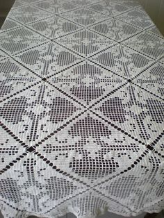 Crocheted Tablecloth 102