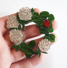 Winnifred's Daughter - Clover Chains on the Lawn brooch Flower Brooch, Brooch Pin, Fashion Accessories, Daughter, Chains, Lawn, Flowers, Brooches, Jewelry