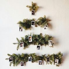 60 Minimalist Christmas Decoration On A Budget. Some of the most creative and unique christmas tree decorating ideas are actually the ones that are the cheapest. Don't think for a minute that decora. Unique Christmas Trees, Simple Christmas, All Things Christmas, Winter Christmas, Christmas Home, Xmas Tree, Christmas Christmas, Minimalist Christmas Tree, Alternative Christmas Tree