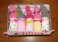 Packing Ideas, Hampers, Baby Booties, Baby Boy Shower, Baby Shower Decorations, Mehndi, Showers, Shower Ideas, Diy And Crafts