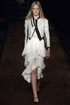 Erdem Spring 2016 Ready-to-Wear Fashion Show - Heloise Giraud