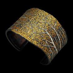 Aspen cuff by Wolfgang Vaatz.