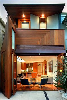 Thoma House in Sydney by Candalepas Asociates