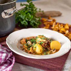 Eierschwammerl Rezepte | Pfifferling Rezepte | Kochen und Küche Austrian Recipes, Ramen, Meat, Chicken, Ethnic Recipes, Regional, Food, Cooking Recipes, Goulash