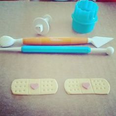 Doc McStuffin's Band Aids I did a Doc McStuffins cake for my niece last weekend and figured as I was making the band aids I would t...