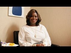 Retta's Open Letter to Michael Fassbender - Late Night with Seth Meyers - YouTube