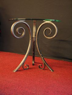 Hand Forged Iron glass end table or coffee por ArtisansoftheAnvil
