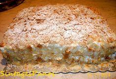 Υπέροχο μιλφέιγ με το δικό μου πάντα γούστο. Δοκιμάστε το!!    Υλικά:   Για το μπισκότο σφολιάτας:  1 φύλλο σφολιάτας  λίγη ζάχαρη κρυσταλ... Greek Sweets, Greek Desserts, Greek Recipes, Desert Recipes, Greek Cake, Pie Cake, Eclairs, Sweets Recipes, Different Recipes