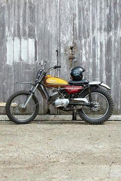 1983 Honda - Jasin Motorcycles - Pipeburn - Purveyors of Classic Motorcycles, Cafe Racers & Custom motorbikes Enduro Vintage, Vintage Bikes, Vintage Motorcycles, Custom Motorcycles, Custom Bikes, Maserati, Ferrari, Yamaha Cafe Racer, Yamaha Bikes
