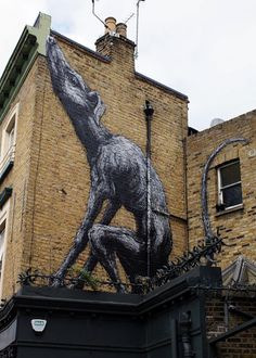 ROA pinta otro mural en Londres