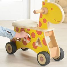 Ride On Shape Sorter Toy ride on shape sorter - giraffe and zebra Woodworking Projects For Kids, Wooden Projects, Woodworking Crafts, Wood Crafts, Wood Toys, Wooden Ride On Toys, Diy Toys, Kids Furniture, Diy For Kids