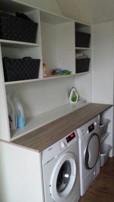Kast voor de wasmachine en droger