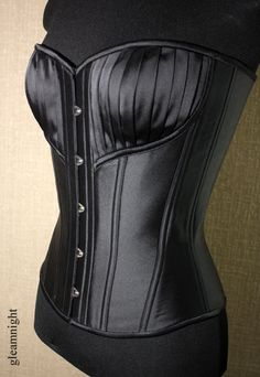 Corset of branded satin Armani, for visual breast enlargement decor folds made. light corset for everyday wear. Geek Jewelry, Gothic Jewelry, Bullet Jewelry, Jewelry Necklaces, Dark Fashion, Unique Fashion, Womens Fashion, Gothic Gowns, Corset Pattern