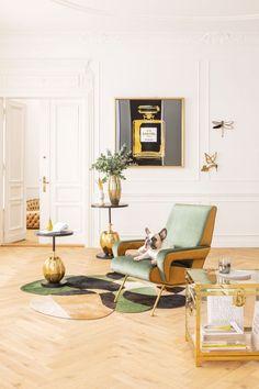 €599 | Luna High Green fauteuil, unieke en trendy fauteuil uit de meubel collectie van Kare Design. De eigenzinnige meubels van dit unieke woonmerk zijn echte blikvangers en geven karakter aan uw interieur! Afmeting: (hxbxd) 93x74x88 cm. Interior And Exterior, Interior Design, Kare Design, Eames, Floor Chair, Lounge, Flooring, Furniture, Home Decor