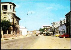 https://flic.kr/p/HMbMVm | La Roda (Albacete) : Calle Mártires= Martyre Street= Rue des Martyres | Título:  La Roda (Albacete) : Calle Mártires= Martyre Street= Rue des Martyres Publicación: San Hilario Sacalm(Gerona) : F.I.T.E.R., D.L.1972.  Descripción física: 1 fot. : col. (tarjeta postal) ; 10x15cm. Notas: Postal manuscrita y circulada en 1974. Signatura: POS 4630
