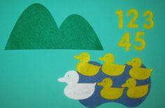 Five Little Ducks Flannel Board Story / Felt Board Story Flannel Board Stories, Felt Board Stories, Felt Stories, Flannel Boards, Felt Board Patterns, Felt Magnet, Book Baskets, Little Duck, Preschool Songs
