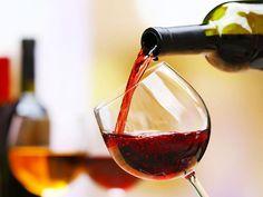 6 consejos para elegir un vino para regalar o llevar a una cena