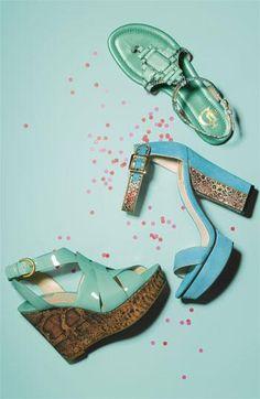 Mint shoe party!