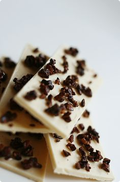 """CARAMELIZED COCOA NIB ~~~ this recipe is shared with us from the book, """"chocolate obsession"""". White Chocolate Bark, Death By Chocolate, Brownie Recipes, Chocolate Recipes, Cocoa Nibs, Homemade Candies, Raw Cacao, Larder, Chocolate Buttercream"""