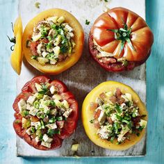 No-cook stuffed tomatoes, a delicious recipe in the new M&S app. Beef Salad, Bacon Salad, Goat Cheese Salad, Halloumi Salad, Fennel Salad, Kale Superfood, Meat Love, Chicken Wings Spicy