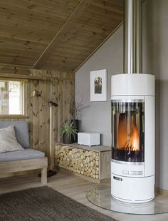 Bilderesultat for hytteinteriør White Fireplace, Fireplace Design, Cabin Design, House Design, Interior Design Living Room, Living Room Decor, Luxury Cabin, Cabins And Cottages, Log Cabins