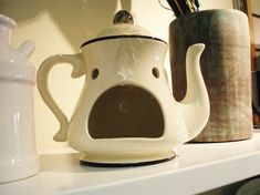 Google Image Result for http://www.aimlessdirection.com/wp-content/uploads/2009/10/tea-kettle-face.jpg