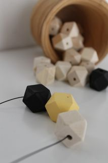 Geometric beads necklace