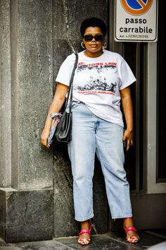 Who made it on our rundown of the best street style spring 2019 looks of fashion month? You are a click away from some serious style inspiration. Curvy Street Style, Milan Fashion Week Street Style, Looks Street Style, Spring Street Style, Milan Fashion Weeks, Cool Street Fashion, Looks Style, Curvy Fashion, Plus Size Fashion