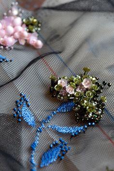 Embellishments Details #embellishment #details #beading | Le défilé Dior automne-hiver 2016-2017