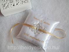 Hímzett esküvői gyűrűpárna