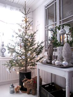idea for christmas tree ♡ ~Rustic Living ~GJ *  Kijk ook eens op mijn blog: www.rusticlivingbygj.blogspot.nl