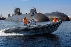 Giant Russian submarine 941 Arkhangelsk Akula Typhoon
