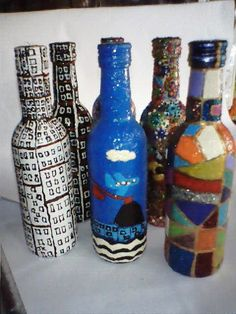 Mais garrafas pintadas